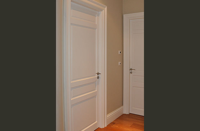 Chambranles doucine la moulure bordelaise for Encadrement de porte interieur